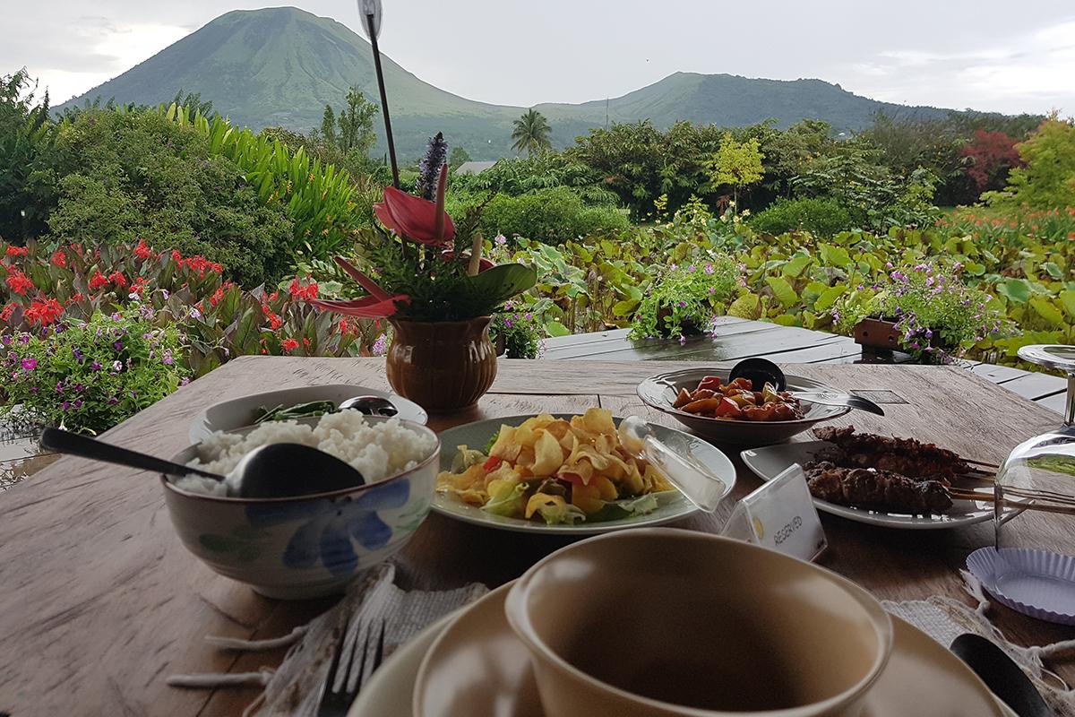 Explore the highlands of Manado